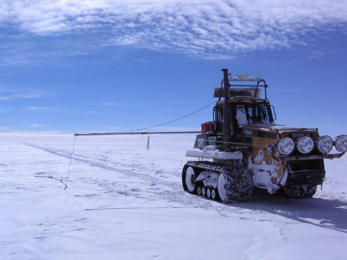 Capteurs et vecteurs en milieux extrêmes : application aux milieux polaires et subpolaires